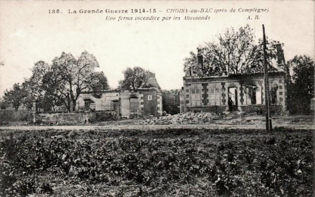 Choisy au bac 60 une ferme incendiee 1914-1918 cpa