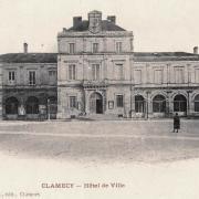 Clamecy (Nièvre) L'Hôtel de ville CPA