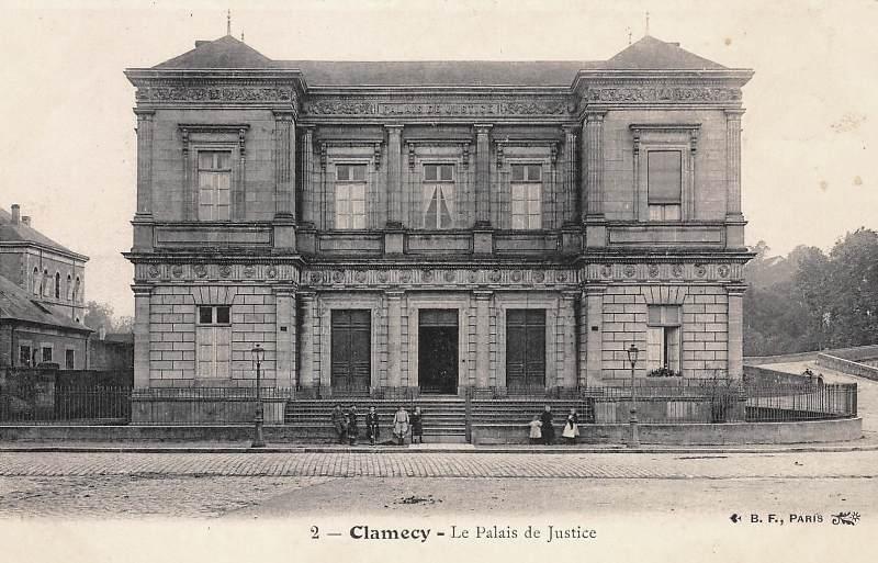 Clamecy (Nièvre) Le Palais de Justice CPA