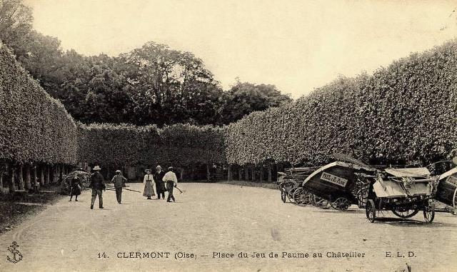 Clermont oise cpa la place du jeu de paume au chatellier
