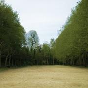 Clermont oise la place du jeu de paume dans le parc du chatellier