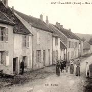 Condé-en-Brie (Aisne) CPA la rue des Tanneries