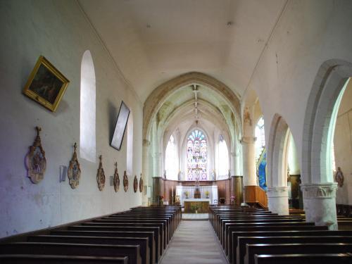 Condé-en-Brie (Aisne) L'église Saint Rémi intérieur