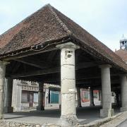 Condé-en-Brie (Aisne) La halle en 2005