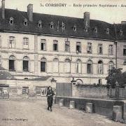 Corbigny (Nièvre) L'Ecole Supérieure CPA