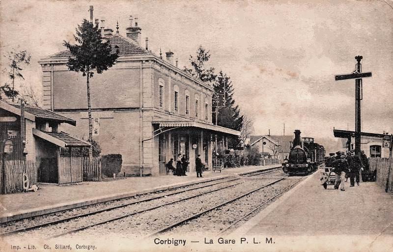Corbigny (Nièvre) La gare PLM CPA