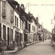 Corbigny (Nièvre) La rue des forges CPA