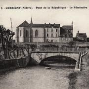 Corbigny (Nièvre) Le pont de la République CPA