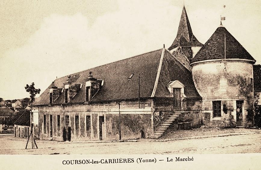 Courson-les-Carrières (89) Le marché CPA