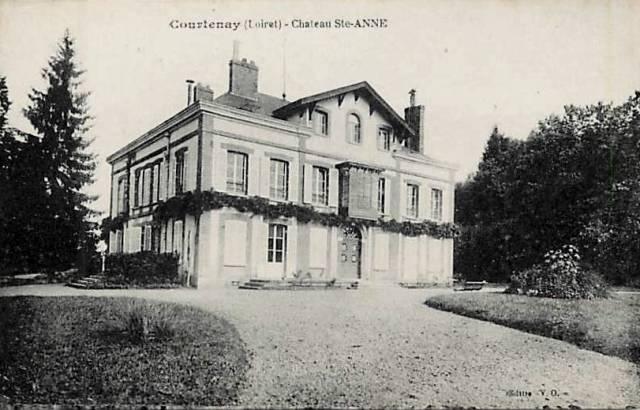Courtenay (45) Château Sainte Anne CPA