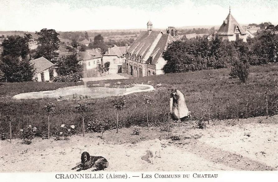 Craonnelle (Aisne) CPA château les communs avant 1914