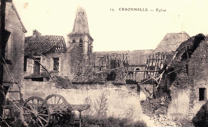Craonnelle (Aisne) CPA église Sainte Benoite en ruines