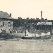 Craonnelle (Aisne) CPA fontaine des poilus