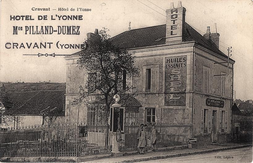 Cravant (89) L'Hôtel de l'Yonne CPA