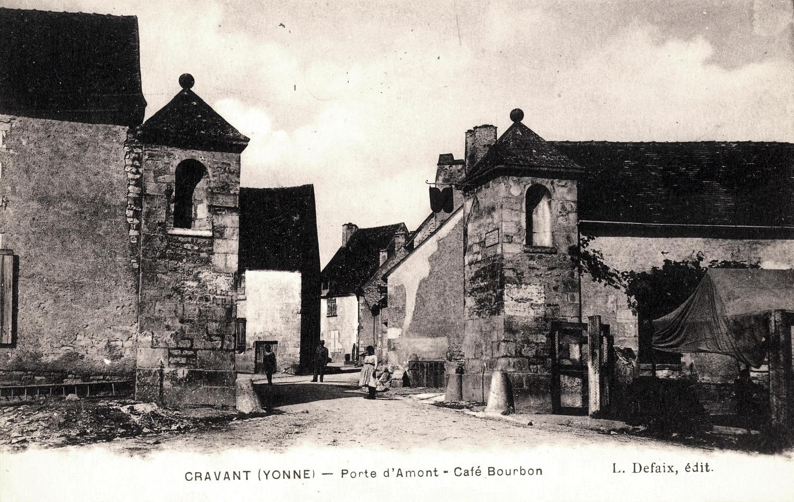 Cravant (89) La porte d'Amont CPA