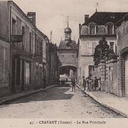 Cravant (89) La rue principale CPA