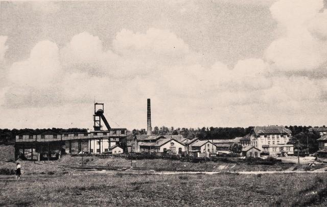 Crusnes 54 la mine de fer d errouville cpa