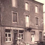 Crusnes 54 le cafe restaurant cpa