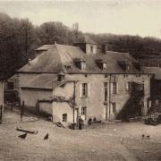 Crux-la-Ville (Nièvre) Le moulin d'Aron CPA