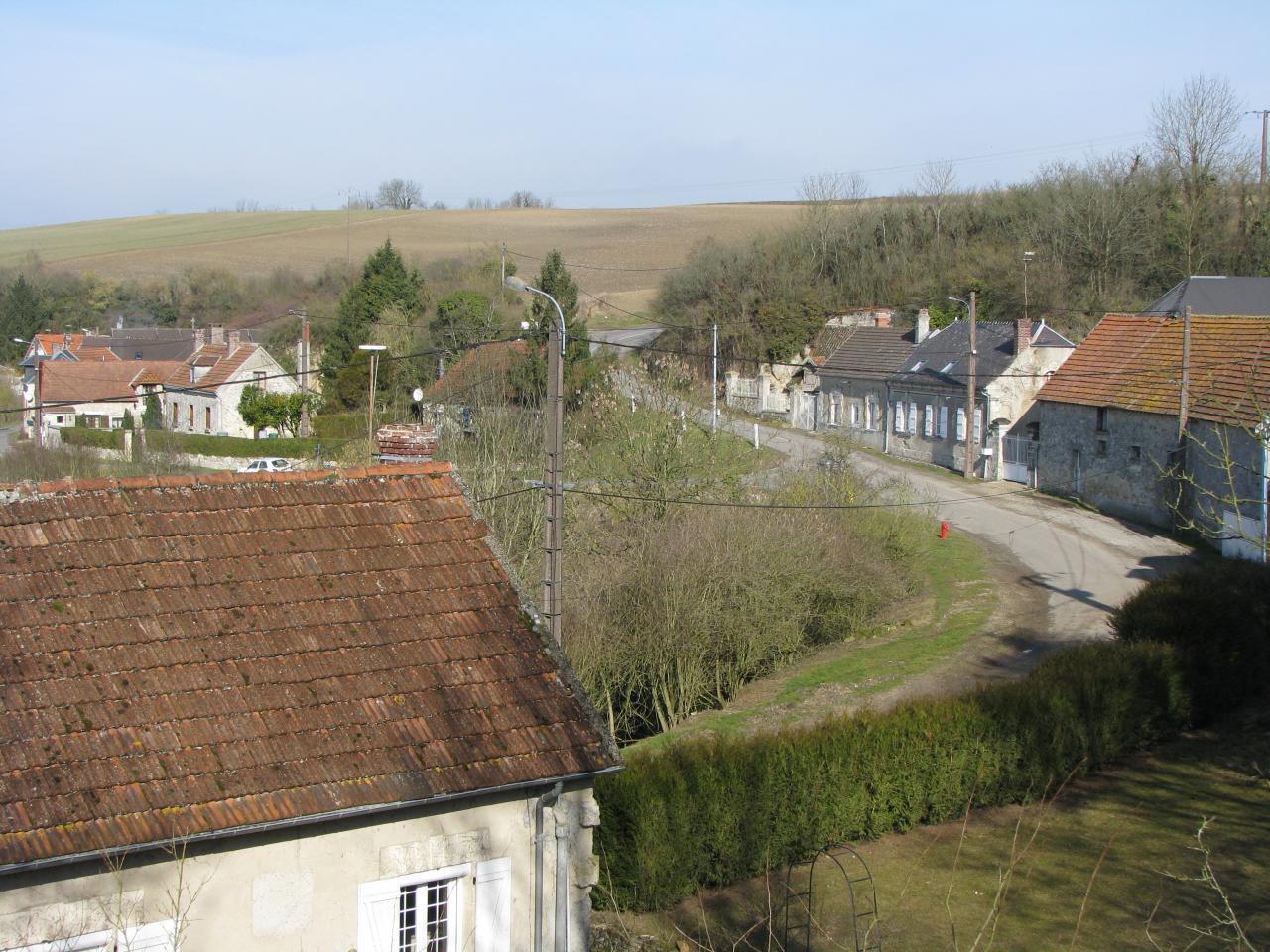 Cuissy-et-Gény (Aisne) vue sur le village en 2009