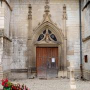 Dampierre (10) L'église, le portail