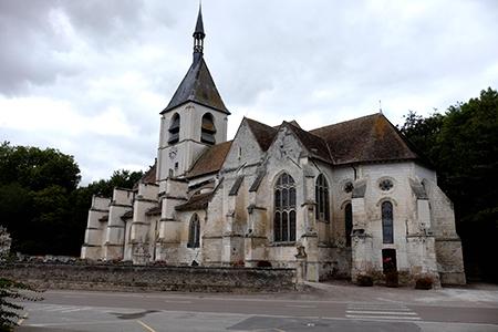 Dampierre (10) L'église