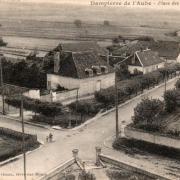Dampierre (10) Les Quatre-chemins CPA