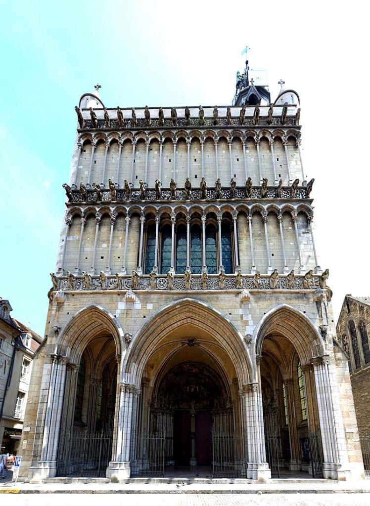 Dijon (Côte d'Or) L'église Notre-Dame