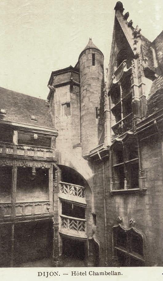 Dijon (Côte d'Or) L'Hôtel Chambellan CPA