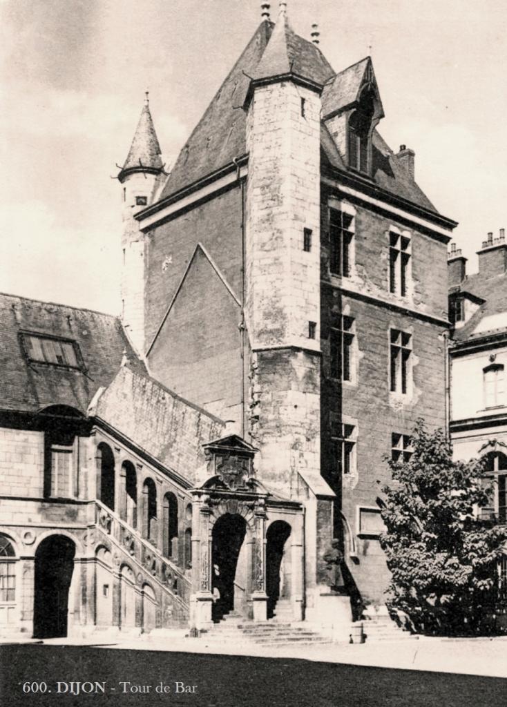 Dijon (Côte d'Or) La Tour de Bar CPA