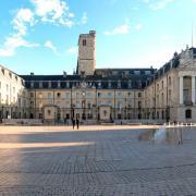 Dijon (Côte d'Or) Le Palais des ducs de Bourgogne, Hôtel de Ville