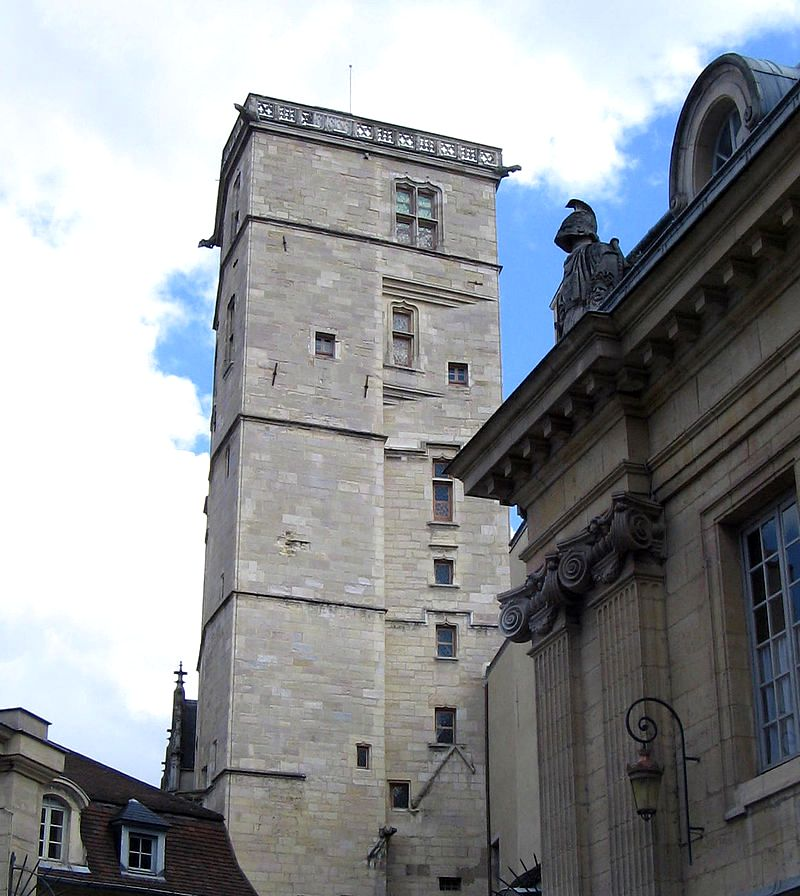 Dijon (Côte d'Or) Le Palais des ducs de Bourgogne, tour Philippe le Bon