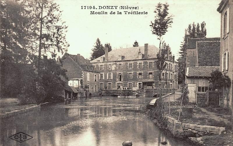 Donzy (Nièvre) Le moulin de La Trefilerie