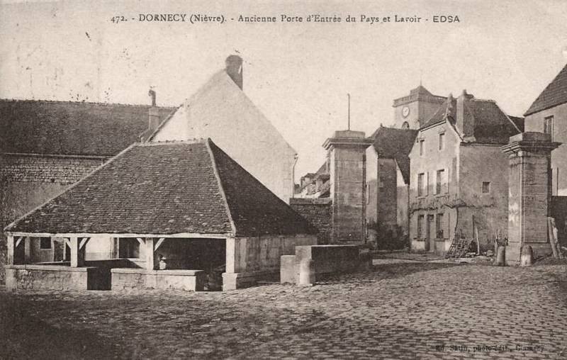 Dornecy (Nièvre) La Porte de Bourgogne CPA