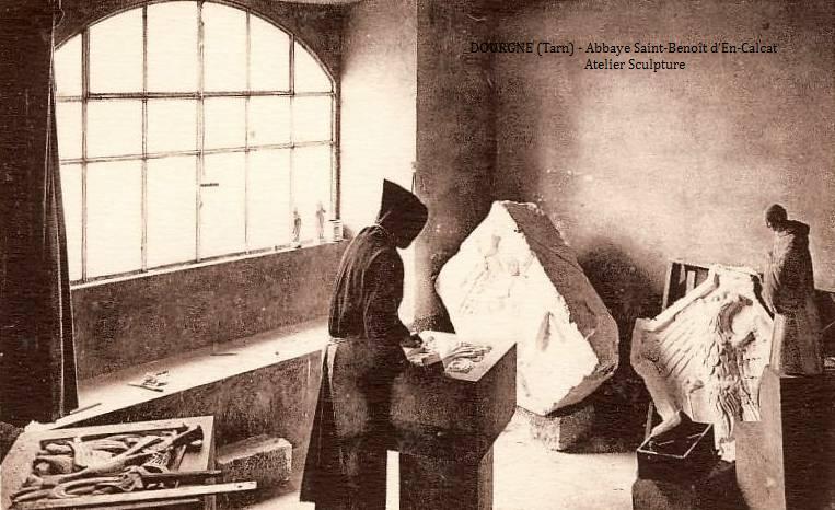 Dourgne (Tarn) CPA Abbaye Saint Benoit d'En-Calcat, atelier sculpture