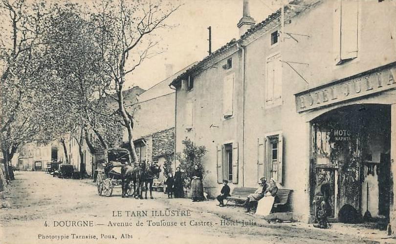 Dourgne (Tarn) CPA Hôtel Julia avenue de Toulouse