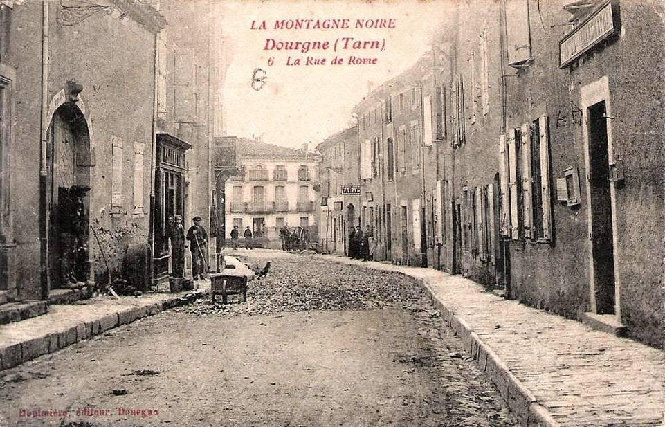 Dourgne (Tarn) CPA rue de Rome