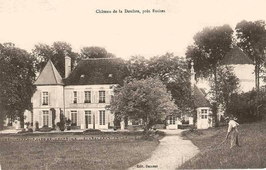 Essises (Aisne) CPA Château de La Doultre