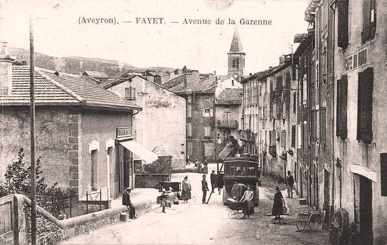 Fayet (Aveyron)  CPA Avenue de la Garenne
