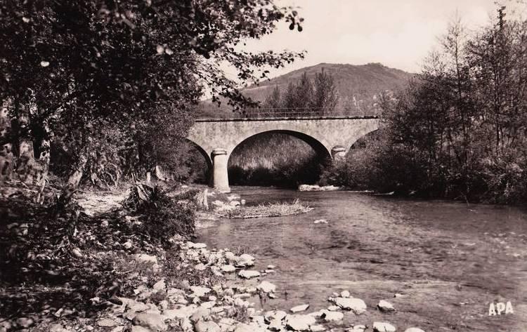 Fayet (Aveyron)  CPA Pont sur le Dourdou