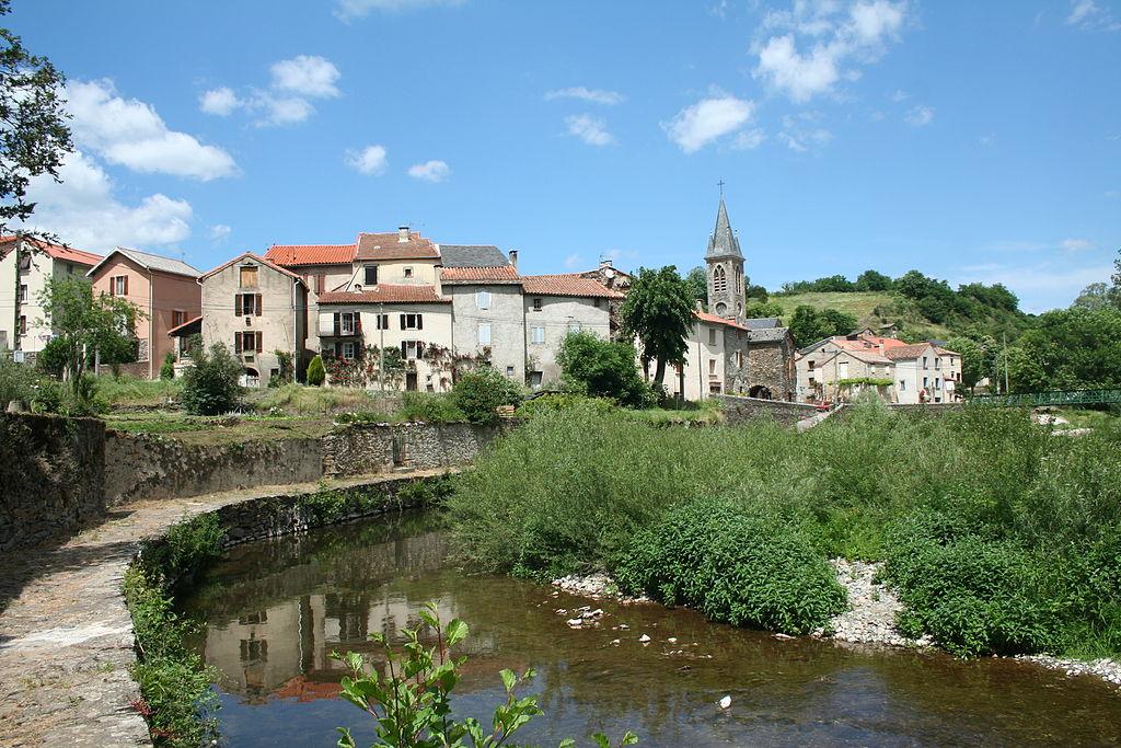 Fayet (Aveyron) Laroque et la Nuéjouls