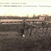 Fère-en-Tardenois (Aisne) CPA Ferme de Cayenne 1918