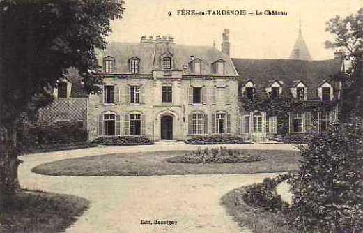 Fère-en-Tardenois (Aisne) CPA le château (hôtel)