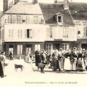 Fère-en-Tardenois (Aisne) la place du marché
