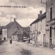 Fleurey-sur-Ouche (Côte d'Or) La grande rue du bas CPA