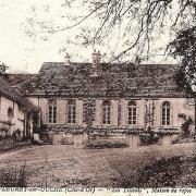 Fleurey-sur-Ouche (Côte d'Or) La maison des Tilleuls CPA