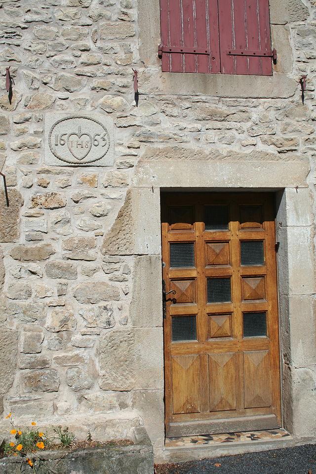 Fondamente (Aveyron) Maison datée de 1665