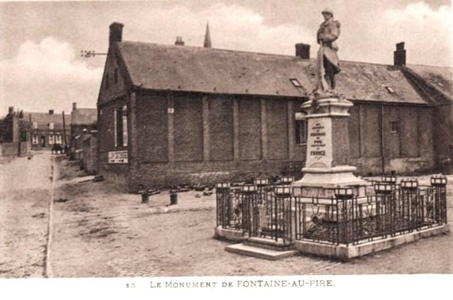Fontaine au pire 59 le monument aux morts cpa