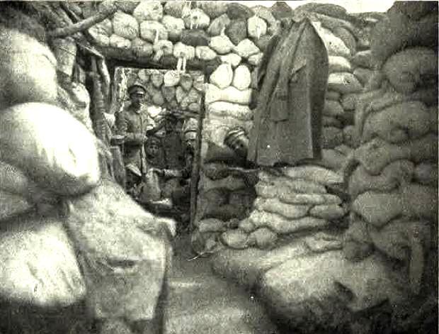 Fontaine-en-Dormois (51) 1914-1918, une tranchée allemande CPA
