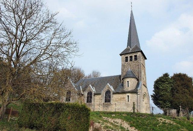 Fontaine-en-Dormois (51) L'église Saint-Rémi